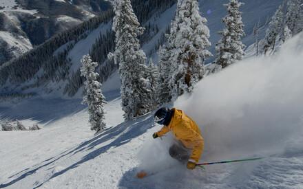Skiez sur les pistes|les plus mythiques du monde