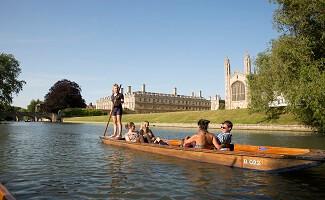 Passeio no rio Cam, Cambridge