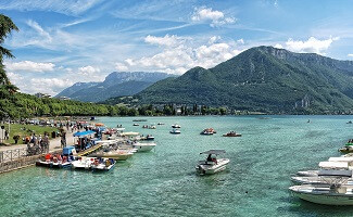 Wassersport auf dem See, Annecy