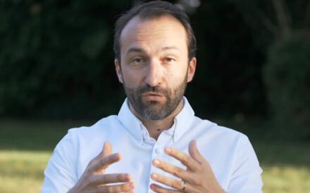Cédric Béchade: | nature dictates the menu