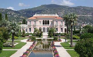 The Ephrussi-de-Rothschild Foundation - km 46