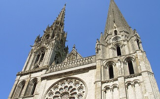 The French flag over Chartres cathedral
