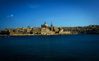 La traversata in traghetto da Sliema e La Valletta