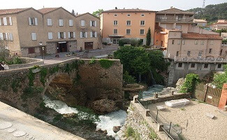 Visite la Maison des Vins des Côtes de Provence en Trans en Provence