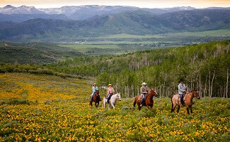 Discovering Colorado on horseback