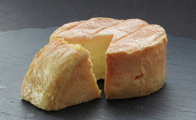Treat yourself to Munster cheese (Gérardmer)