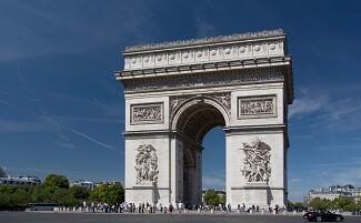 Sur les Champs-Élysées, dans les pas du général de Gaulle, Paris