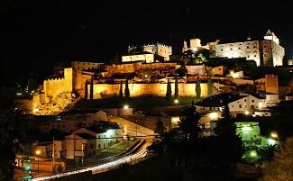 Ammirare la città di notte