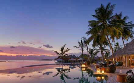 10 loveliest places |to spend a honeymoon