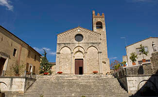 Visit the village of Asciano