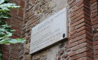 Julia, das Grab eines verliebten jungen Mädchens (Verona)