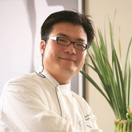 Jackie Chou