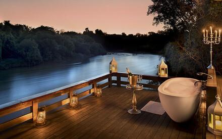 Baignoires avec vue : |top 10 des hôtels pour « bath lovers »