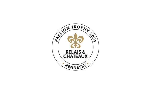 """Relais & Châteaux e Hennessy conferiscono il premio """"Passion 2021"""" al ristorante Arnolfo di Colle di Val d'Elsa, in Toscana"""