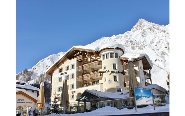 The 2016 Holiday Check Award for the Best Hotel in Switzerland is awarded to the Chasa Montana