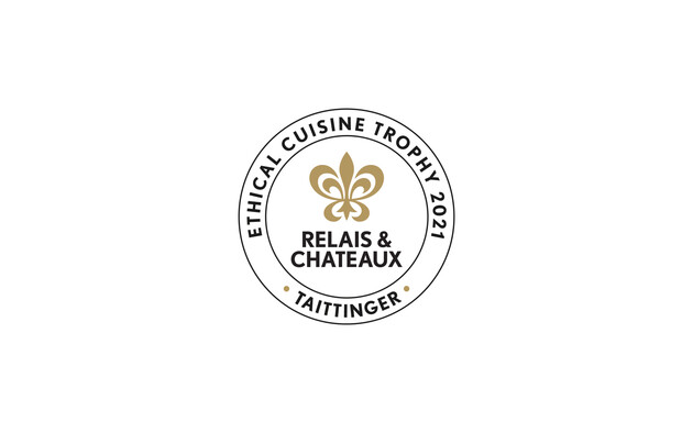 """Relais & Châteaux und Taittinger verleihen die Trophäe """"Ethical Cuisine 2021"""" an Küchenchef Bart De Potter vom Gourmetrestaurant Pastorale in Rumst, Belgien"""