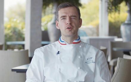 Arnaud Faye: velvet glove