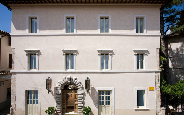Italian Responsible Tourism Prize 2019 awarded to Palazzo Seneca in Norcia