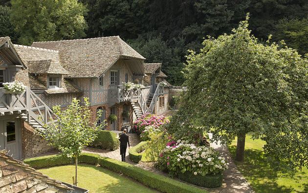 Relais & Châteaux getaway ideas near Paris for the August 15 weekend