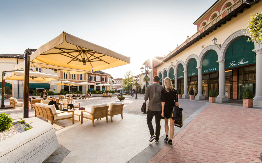 Shopping and luxury outlets