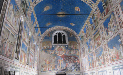 Admire the frescoes by Giotto in the Scrovegni Chapel