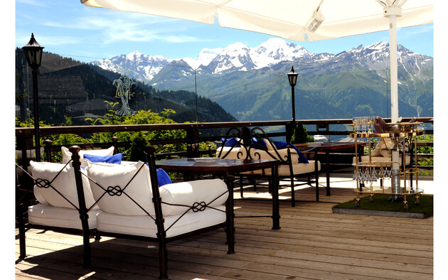 Meilleure terrasse d'hôtel en Europe : Le Chalet d'Adrien à Verbier (Suisse)