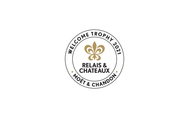 "Relais & Châteaux and Moët & Chandon award the ""Welcome 2021"" trophy to the Blair Hill Inn, located in New England in Greenville, Maine"