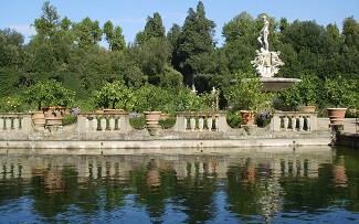 Passeio no jardim de Boboli, Florença