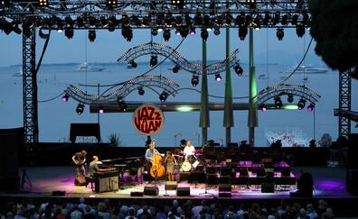 Un posto per un concerto al Festival Jazz à Juan (Antibes Juan-les-Pins)