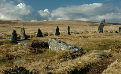 Explore Scorhill Stone Circle