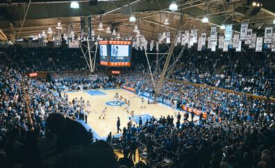 Partecipare a una partita di basket universitario nella prestigiosa Duke University