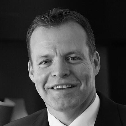Ralf J. Kutzner