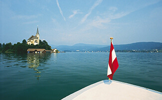 The warm waters of the Wörthersee