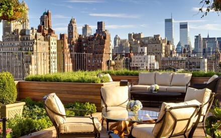 Travel+Leisure lo ha proclamato n°1 negli USA e a New York City - Lo straordinario  palmarès del Surrey Hotel