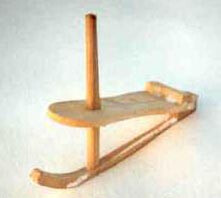 Learning to use the paret, Manigod's traditional sled