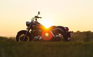Burdeos con moto