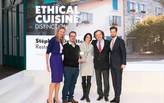 Taittinger Ethical Cuisine Trophy : Stéphane Décotterd Restaurant Le Pont de Brent, Suisse