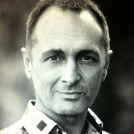 Matthew E Barrie